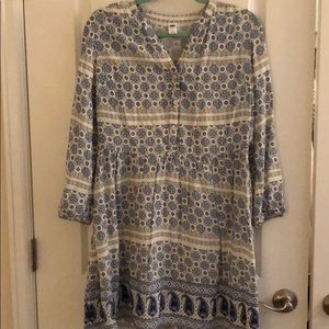 Old Navy Small White/ Blue Paisley Dress. L sleeve